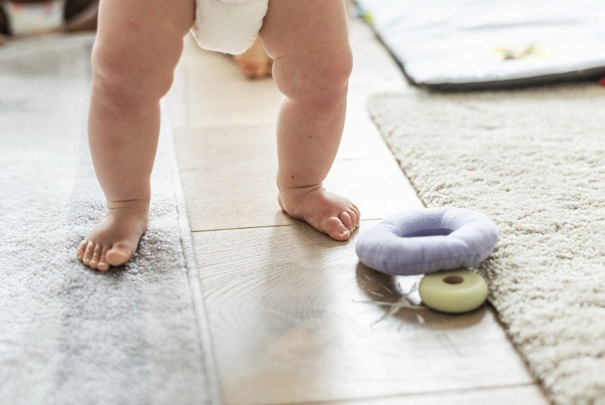 Quando Inizia A Gattonare Neonato problemi di sviluppo psicomotorio del neonato: quando